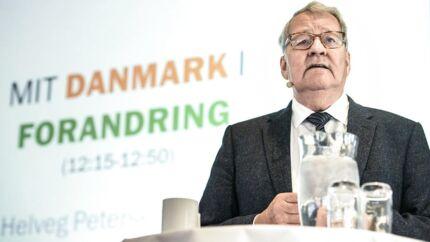 Niels Helveg Petersen om, hvorfor han gik ind i politik.